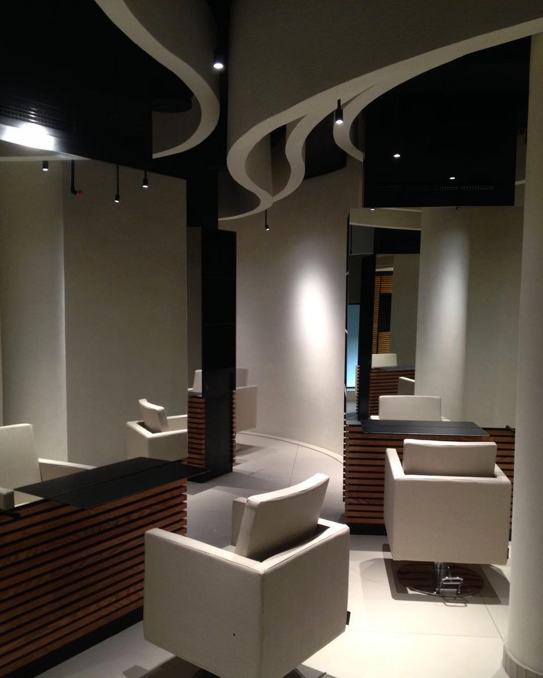 Another peak of our last project #oriana_salonandspa #jeddah #beautysalon #retailproject #superfuturedesign