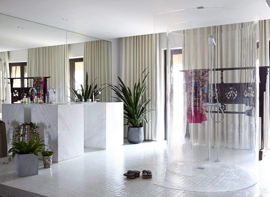 Xintiandi Penthouse marble bathroom #bathroomdesign #shanghai #penthouse #idpicks #superfuturedesign