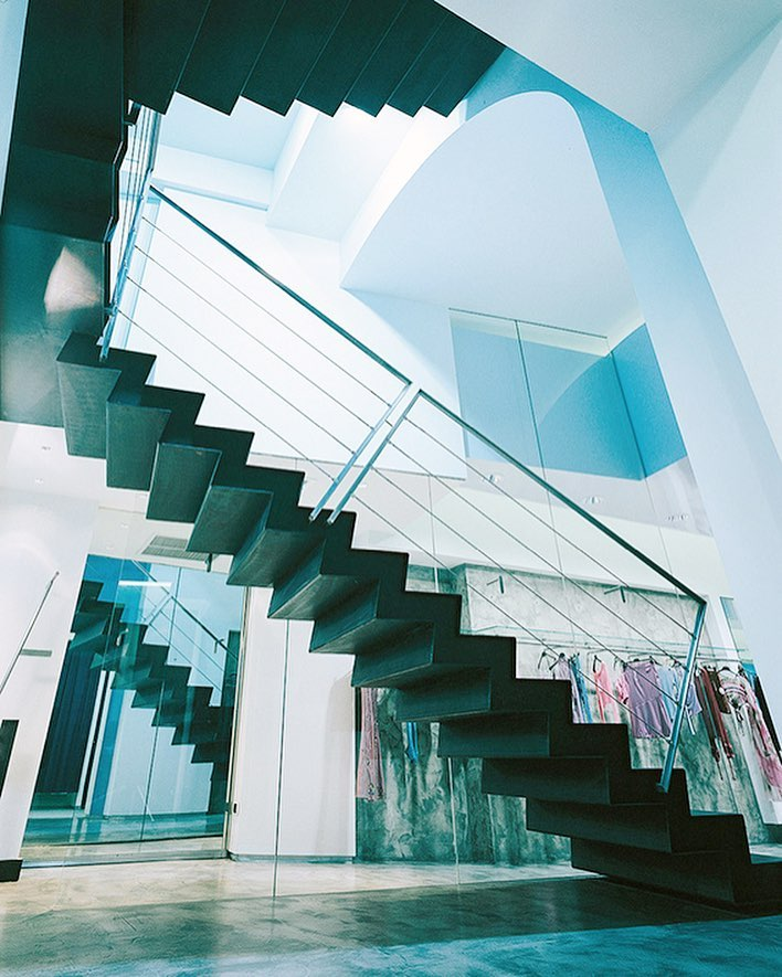 #tbt to 2002 ⬅️, Zini boutique project in Florence, Italy, can you see that #ihavethisthingwithstairs ? 😍🇮🇹 . . . . #italy #italia #retail #architect #archidaily #archilovers #architexture #architecture #stairs #stairporn #staircase #staircasehunting #lightdesign #light #materials #dubai #emirates #dxb